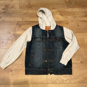 LEVIS jean jacket with gray hoodie & sleeves - Size S